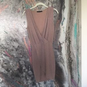 Dresses & Skirts - Sparkly nude dress